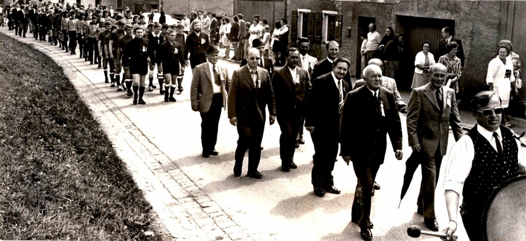 1973_Sportplatzeinweihung_Fest_01