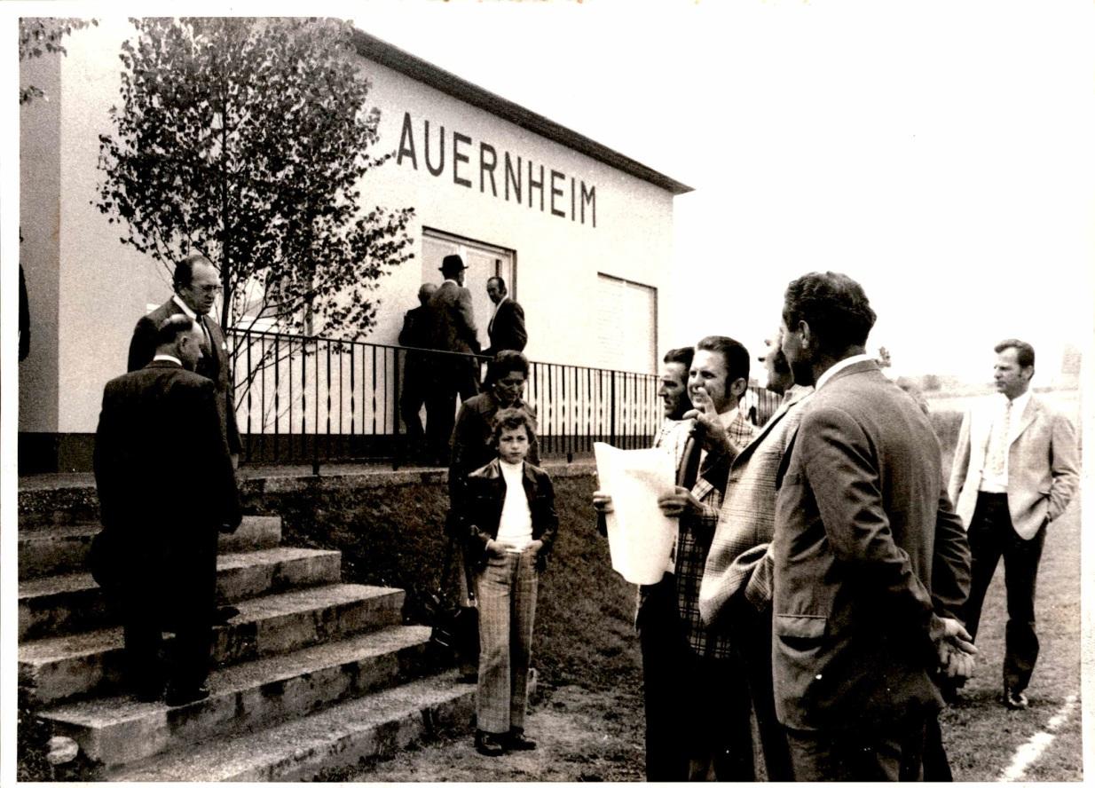 1973_Sportplatzeinweihung_Spiel_02